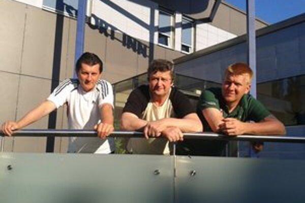 Vo svete. Jelšavskí kolkári vo Viedni, zľava: Ivan Pašiak, Bohuslav Lipták, Tomáš Pašiak.