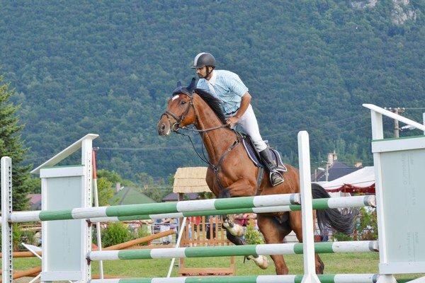 Bez chyby. Martin Skála na koni Larzod zvládol v Cene obce Brzotín obe rozoskakonia bez chyby a stal sa víťazom.
