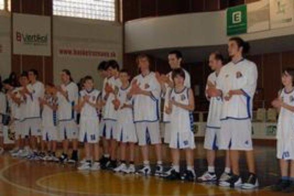 Prvoligové ambície. Rožňavskí basketbalisti by sa radi stali stálou súčasťou I. ligy.
