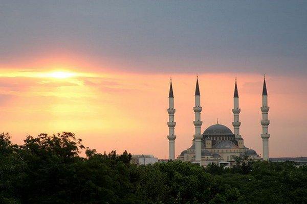 Zásoby zemného plynu sú v Turkménsku štvrté najväčšie na svete.