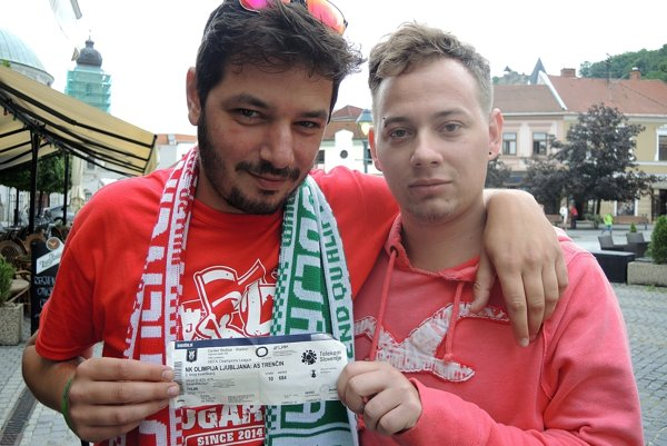 Richard a Lucián sa na futbal v  Ľubľane nakoniec nedostali.