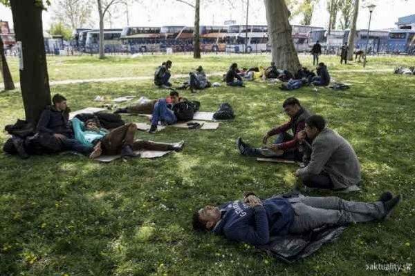 Cudzinci a utečenci. Svidník im chce pomáhať prakticky.