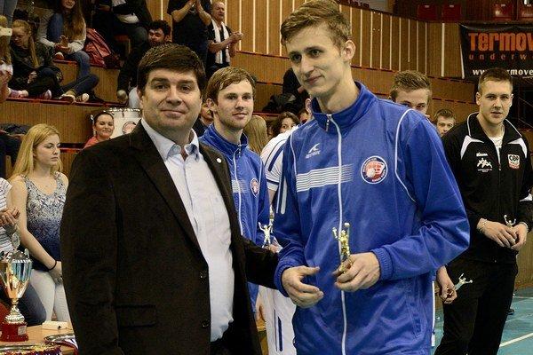 Junior roka je hráčom Svidníka. Univerzál Patrik Lamanec.