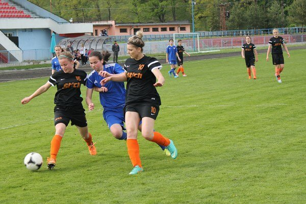 Bardejovské juniorky ešte majú šancu na titul.