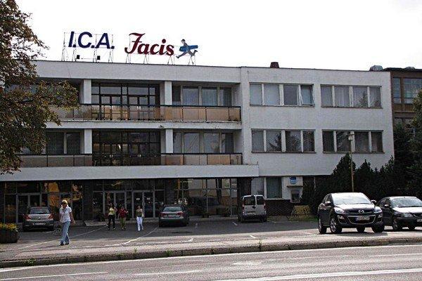 Odevná firma I.C.A. vo Svidníku.