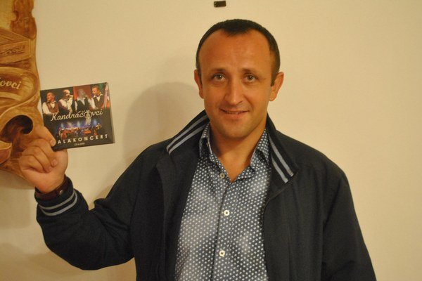 Ondrej Kandráč s najnovším počinom svojej skupiny.