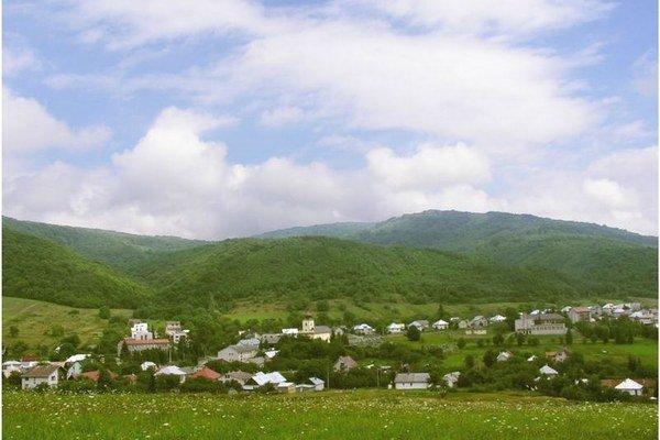 Obec Cerina.
