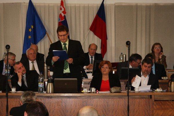 Návrh rozpočtu predložil vedúci oddelenia ekonomiky Miloš Mikula.