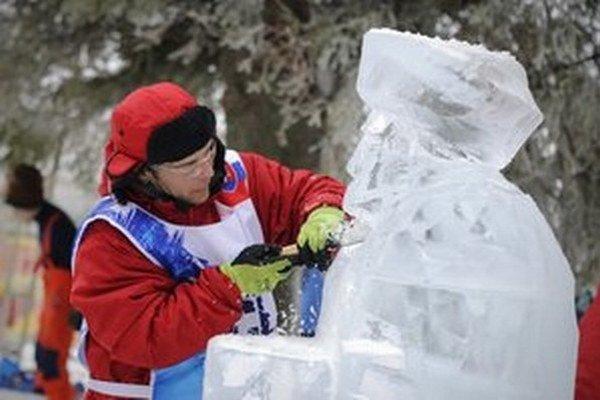 V Bardejove sa môžu tešiť na ľadové sochy.