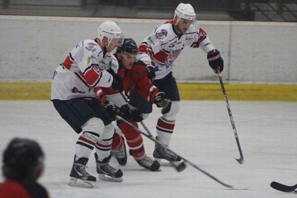 Bardejovčania prví. Sú lídrom prvej hokejovej ligy.