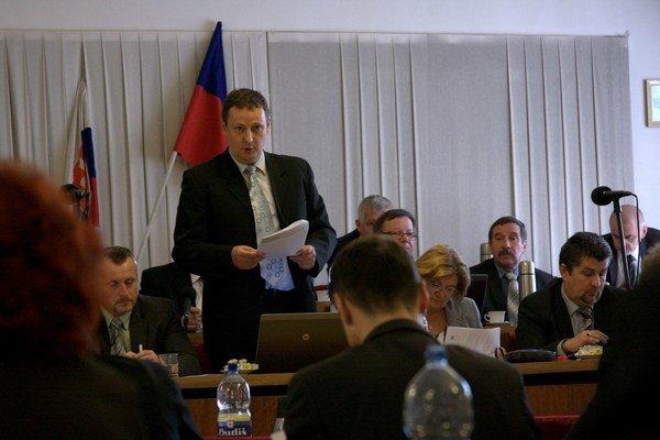 Miloš Mikula. Problémom sú podľa neho staré záväzky.