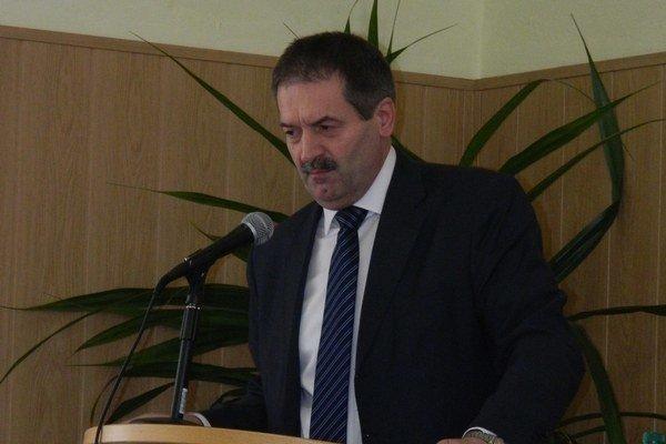 Nový viceprimátor Svidníka. Podnikateľ Peter Pilip sedí v niekoľkých funkciách, komisiách a výboroch.