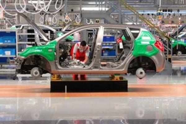 Našu ekonomiku ťahá najmä výroba automobilov.