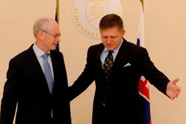 Premiér Robert Fico sľúbil šéfovi Európskej rady Hermanovi van Rompuyovi, že trvalý euroval schválime.