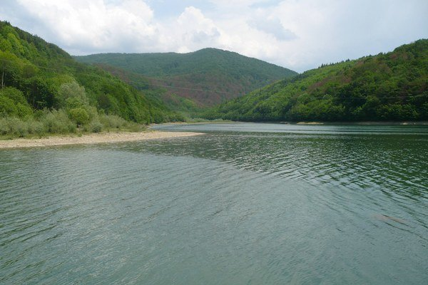 Starina. Na hornom povodí rieky Cirocha v Národnom parku Poloniny.
