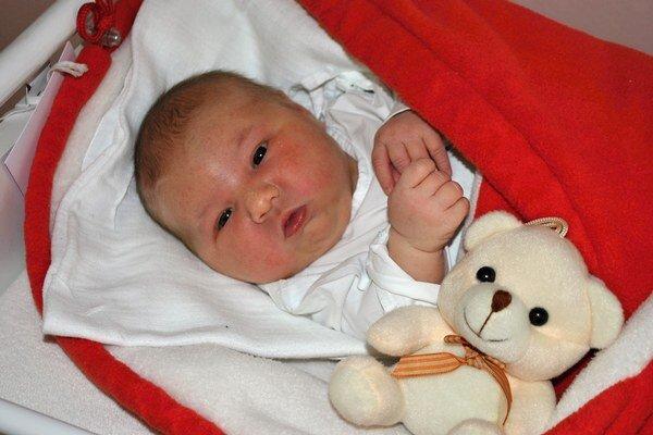 """Ema. Už po narodení bola """"veľká"""" slečna."""