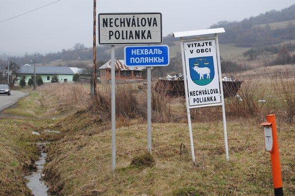Nechválova Polianka je koncovou obcou.