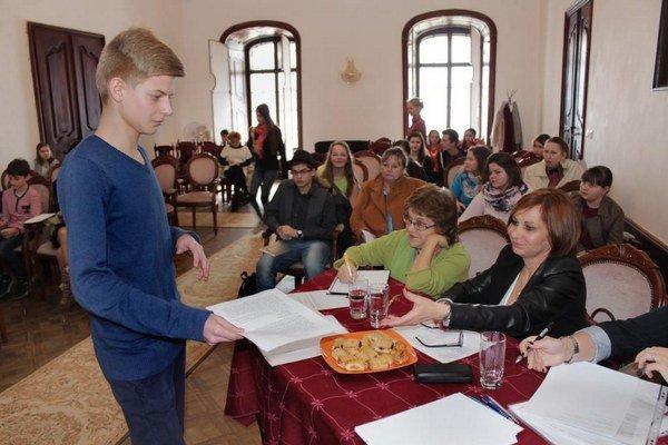 Hviezdoslavov Kubín. Stretli sa tu mladí recitátori.