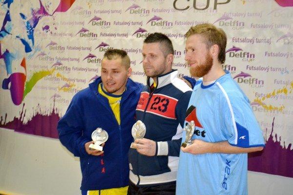 Najlepší na turnaji. Zľava Gaži, Vangor, Pado.