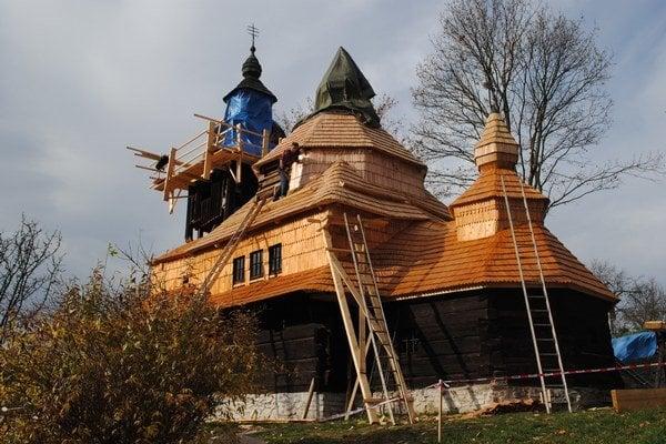 Chrám sv. Michala archanjela má 250 rokov. V minulom roku na ňom vymenili strechu.