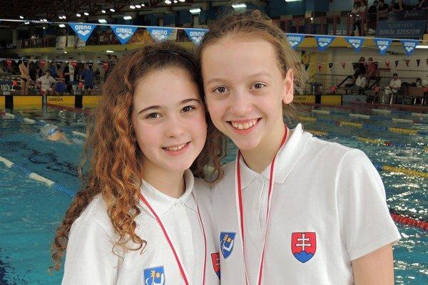 Sarah Čajbiková a Lenka Melničáková.