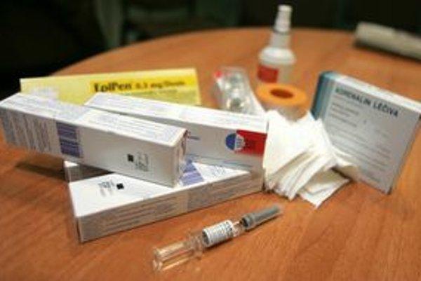 Lekári nechcú zmeny v nákupe očkovacích vakcín.⋌ ILUSTRAČNÉ FOTO – SITA/AP