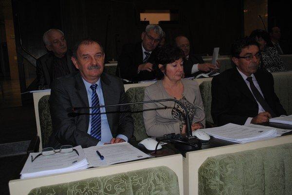 Humenskí poslanci o Správe rokovali až v troch bodoch.