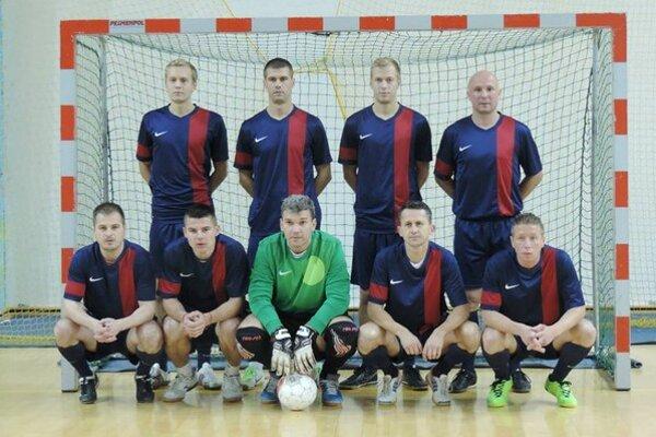 Bubo team. Víťaz I. ligy humenskej sálovky 2013/2014.