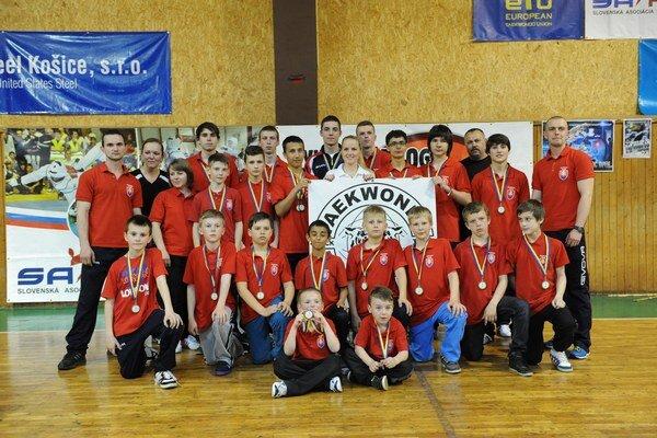 Sninské Čierne tigre. Na turnaji Cassovia open 2014 získali výsledné striebro.