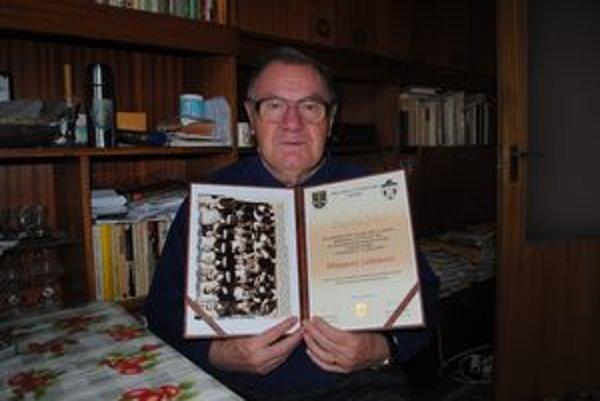 Hádzanár. Milan Zelinka v mladosti hrával v Cíferi hádzanú.
