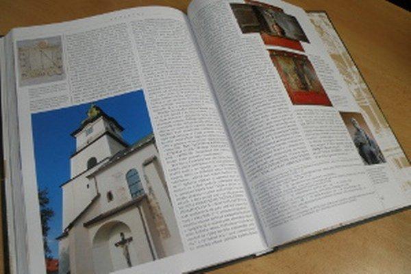 Prvý diel monografie vydala Prievidza v roku 2013.