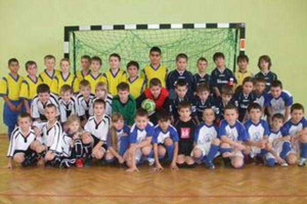 Kamenicko-beľansko. Mladí futbalisti na turnaji v Poľsku.