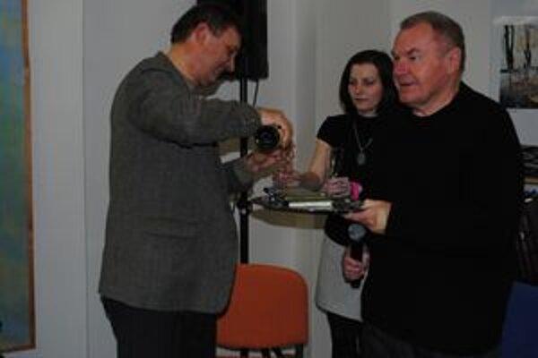 Mikuláš Babej a Milan Zelinka. Krstný otec a spisovateľ.