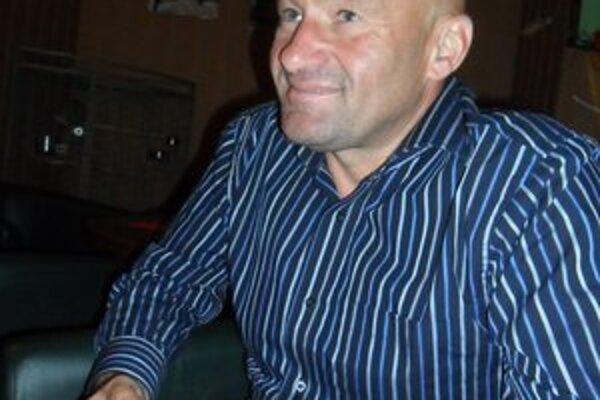 Na chvíľu doma. Jozef Škrlík má kazašské príhody futbalovo-nefutbalové.