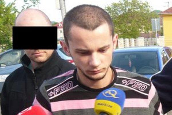 Vrah sa dohodol na 18-ročnom treste.