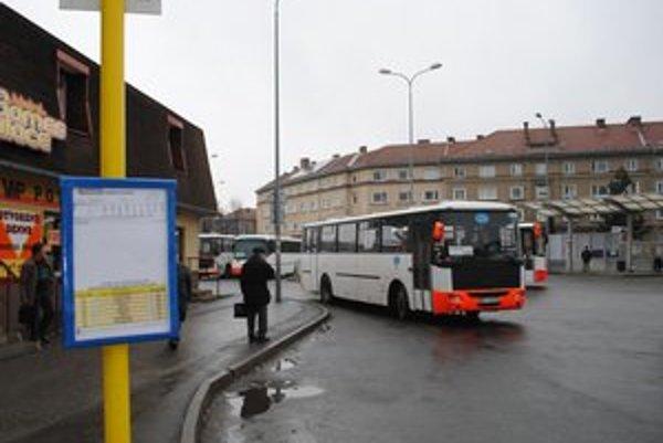 Zmena. Od januára cestujú Humenčania MHD autobusmi michalovskej spoločnosti MK Trans.