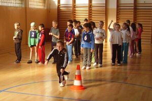 Jedna z disciplín. Deti baví súťažiť a vyhrávať.