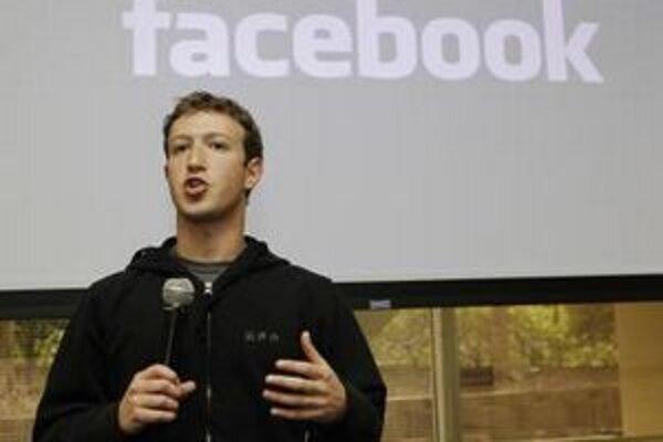 Zakladateľ Facebooku Mark Zuckerberg sa doteraz neponáhľal so vstupom firmy na burzu.