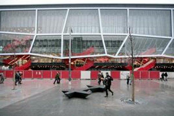 V architektonickej brandži prevláda názor, že rekonštrukcia štadióna je drahá.