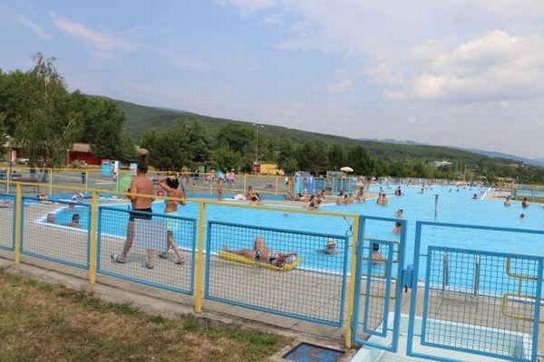 Letná sezóna. Správcovia jednotlivých rekreačných stredísk  si ju pochvaľujú.