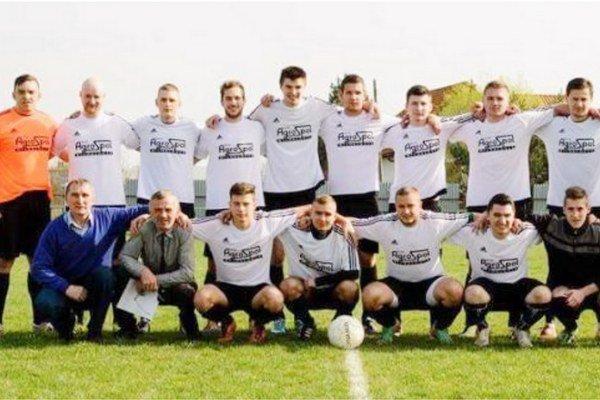 Posledný zápas sezóny nedohrali. Hráči Zemplínskej Širokej vydržali na trávniku vo Vyšných Remetoch len vyše polhodiny.