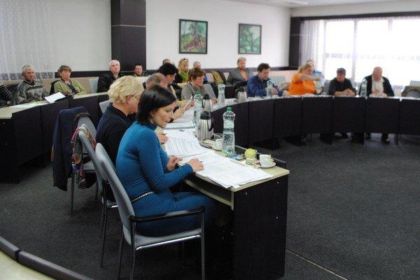 Poslanci v Strážskom. Pracovníčky CVČ sa sťažujú na nízky rozpočet a poddimenzované personálne obsadenie. Mesto má poslancom pripraviť podrobnú správu o financovaní centra.