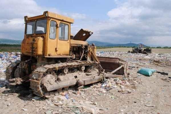 Odpad a skládkovanie. Samospráva tvrdí, že chce nájsť partnera, ktorý by dokázal odpad aj spracovávať, zhodnocovať, energeticky využiť, a nielen ho umiestňovať na skládku.
