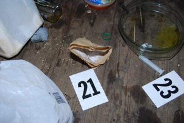 Drogy. V Michalovciach riešila polícia vlani 19 prípadov drogovej trestnej činnosti.
