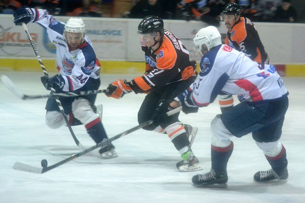 Po roku východniarske finále. Hokejky si v ňom opäť skrížia Bardejov a Michalovce.