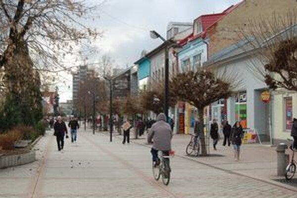 Plné ulice a obchody. Sú neklamným znakom príchodu Vianoc.