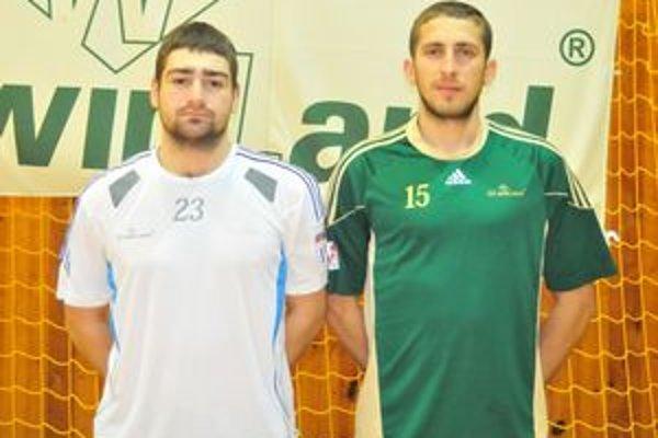 Noví legionári z Ukrajiny Vitalij Kuzmenko (vľavo) a Viačeslav Polypenko.