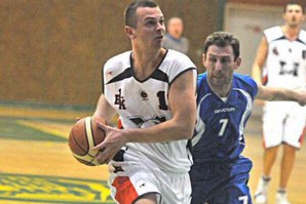 Borisovi Šantovi sa darilo. V Prešove zaznamenal 17 bodov.