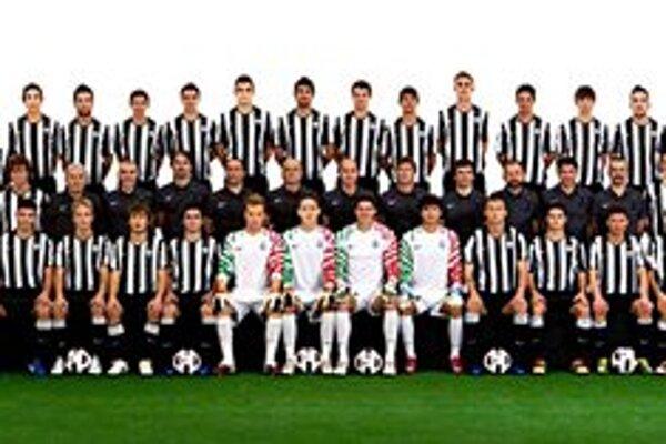 Najväčší ťahák turnaja. Družstvo talianskeho Juventusu Turín.