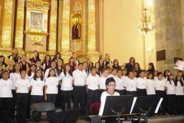Koncerty v Mexiku. Speváci sa predstavili v 18 mestách.